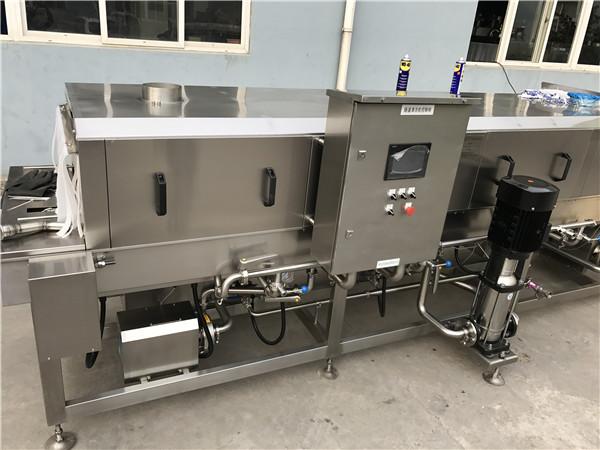 周转箱清洗机节约水资源,使用循环水